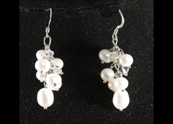 Jewelry Pearl Grape Dangle Earring